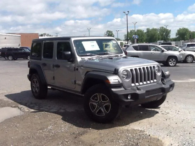 Pre-owned 2018 Jeep Wrangler